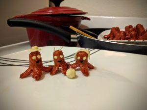 珐琅铁锅与香肠一家
